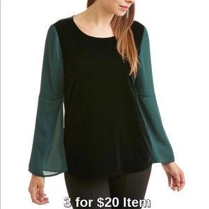 Tops - Velvet Bell Sleeve Blouse in Green